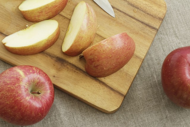 見た目も風味も◎!塩水以外でりんごの色味を保つ方法3つ