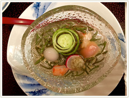 蒸し暑いある夏の前菜。鰻屋さんにて