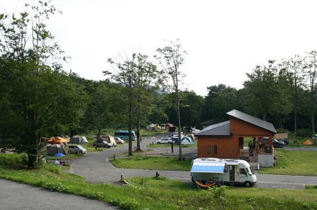 قرية عطلة papillas الينابيع الساخنة صورة المخيم