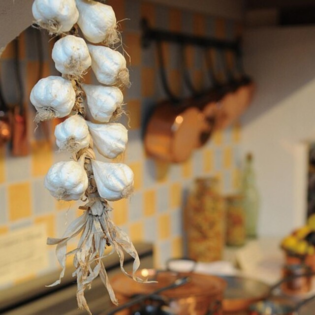 K10_garlic_cooking_3_1578635663