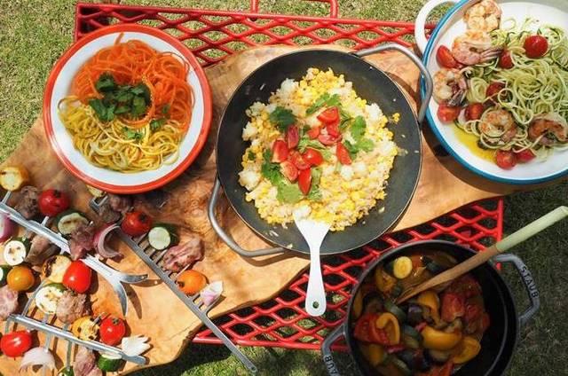 Blue Kitchen とうもろこしご飯とベジヌードル