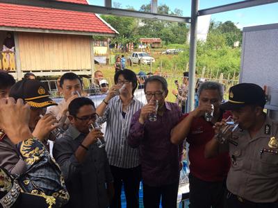 インドネシアへ太陽光発電式浄水施設を供与、大使館が官民連携事業で