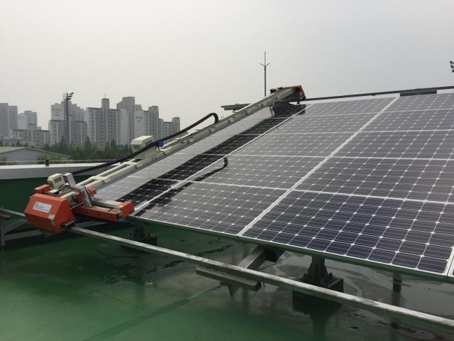 GLI、太陽光パネル専用「防汚コーティング・洗浄マシーン」販売開始