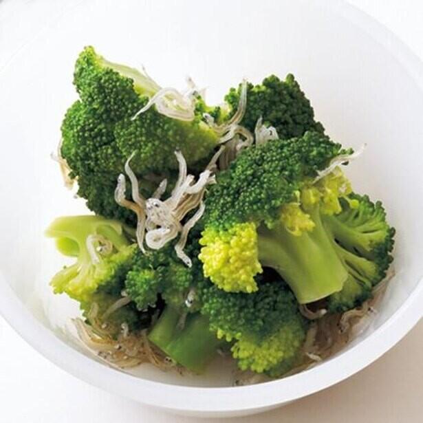 今夜の献立に彩りプラス!5分でできる緑の副菜5つ