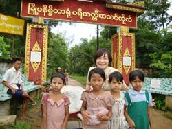 ミャンマーの子供たちと