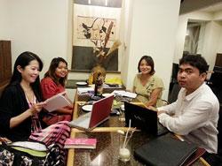 ミャンマーでのミーティング。全員日本語は日本人なみ