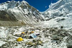 2010 年エベレストベースキャンプで