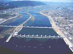 現在の長良川河口堰