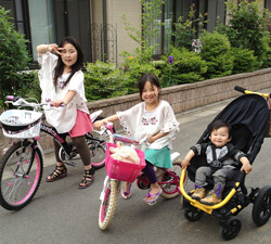 新井さんの3人の子どもたち