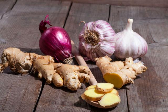 季節の変わり目に何を食べる?美と健康を作る食材群