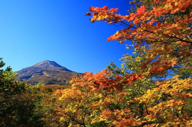 鳥海山に紅葉を見に行こう!見ごろ情報と絶景おすすめスポット5選
