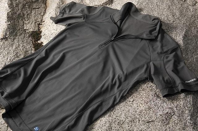 汗冷えを防ぐ登山の相棒「アンダーウェア」!街用との違いや季節別の選び方