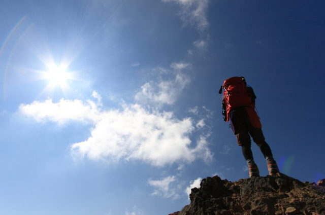 日焼け=やけど!?登山での日焼け対策とアフターケアを徹底解説