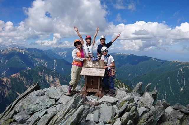 -女性だけの山岳会発足-ホンワカ、且つ質実剛健!その活動はまさに男勝りだった!