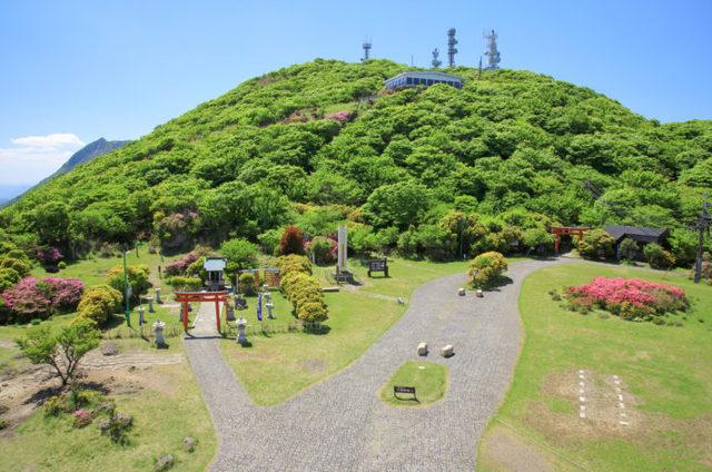 鶴見岳|大分の絶景を楽しもう!2つの登山コースと温泉紹介
