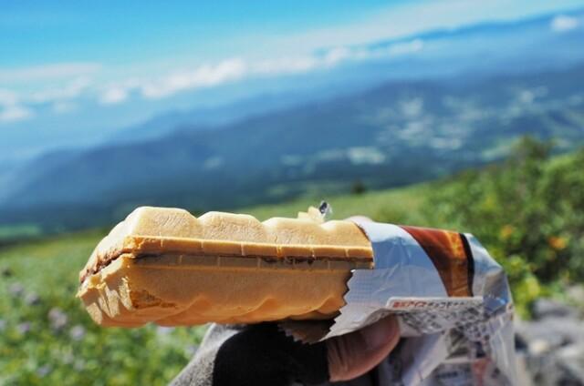 実験!果たして山頂でアイスは食べられるのか?
